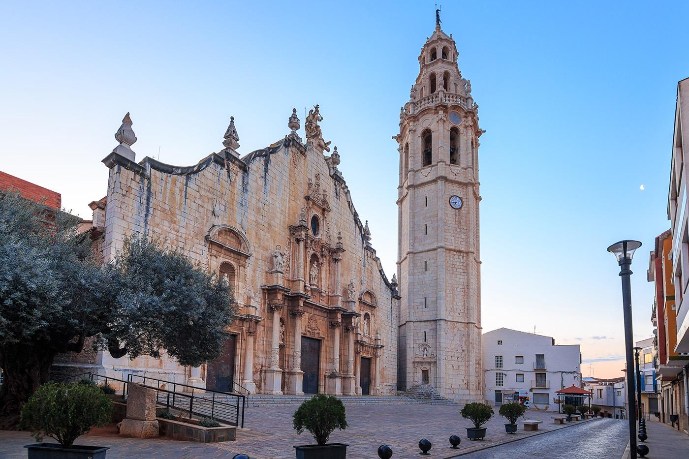 Iglesia-y-campanario-Alcala-de-Xivert