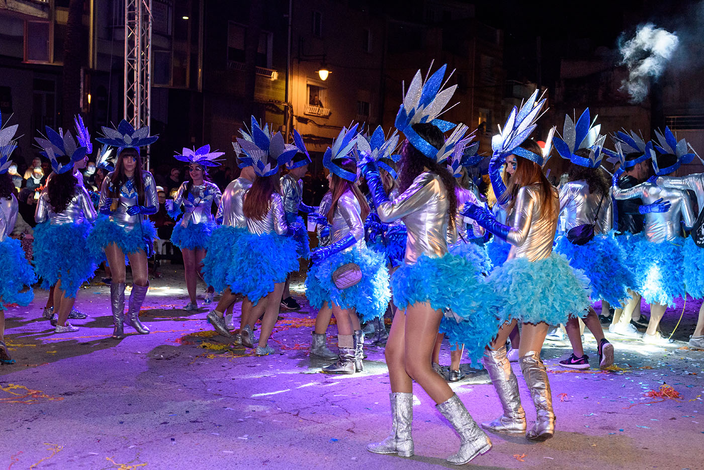 Turismo-Alcossebre_Carnaval_Alcala_de_Xivert_Comparsa_Azul_participantes